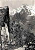 La Chapelle En Valgaudemar Toit De Chaume Aux Portes  Pic De L'olan   CPM Ou CPSM - France