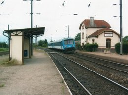 PHOTO 13 X 10 DE LUMES LA GARE + TRAIN ABRI QUAI - Autres Communes
