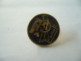 PIN'S PINS SA SCAL THÈME USINE FABRICATION EMBALLAGE DIJON RUE DE LA STÉARINERIE 21 COTE D'OR - Städte