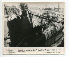PHOTOGRAPHIE 0277 MARINE  De Guerre    Sous Marin SQUALUS Venant Des Refloué   Dim 18 Cm X 15 Cm - Bateaux