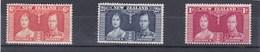 Nouvelle Zélande YV 233/5 Neuf Avec Trace De Charnière 1937  Couronnement De Georges VI - 1907-1947 Dominion