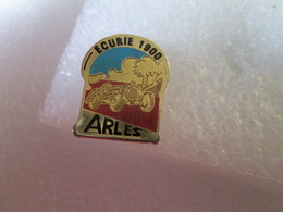 PIN'S   ECURIE 1900   ARLES - Rallye