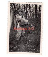 Photo Jean Audoire Parachutiste Homme Parachute Tenu Foret 9x6 Cm - Personnes Identifiées