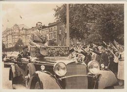 DR - Der Führer Ist Da Sw-Fotokarte AH Im Auto SST Berlin Geburtstag 1938 - Deutschland