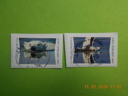 FRANCE 2020  CL033  DU  CARNET  ANIMAUX  DU  MONDE  (2 Timbres)    Cachets  RONDS    ( A Voyagé) - France