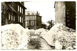 AUBRAC Sous La Neige - Avril 1951 - Congères Dans La Rue Principale  - Voir Scan RV - Frankreich