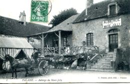 N°8661 -cpa Falaise -auberge Du Mont Jolly- Attelage Type Cabriolet- - Hotels & Gaststätten