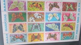 PLANCHE DE 16 PAPILLONS   DE GUINEE - Papillons