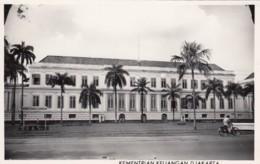 Djakarta Indonesia, Kementrian Keuangan Ministry Of Finance Building, C1950s Vintage Postcard - Indonesia