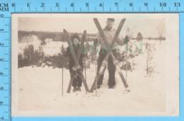 Photo 1943 - Magog Quebec - Gabrielle Jetté Posant Avec Ses Skis - Photos