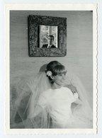 Femme Woman Jeu De Miroir Reflet Homme Man Mariage Mariée Married Seance Photo Cadre Robe Love - Persone Anonimi