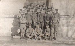V5Sv  Carte Photo Militaires Soldats Spahis Souvenir De Pithiviers - Uniformen