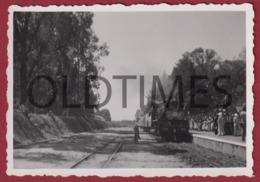ANGOLA - CAMINHO DE FERRO DE BENGUELA - LOCOMOTIVA 406 - EM DIA DE FESTA - 1940 REAL PHOTO - Fotografia