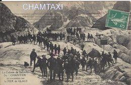 """74 CHAMONIX MONT BLANC COLONIE DE VACANCES DU """" CHANTIER """" EN EXCUSRION SUR LE GLACIER DE LA MER DE GLACE - Chamonix-Mont-Blanc"""