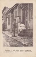 Salonique - Quartier Vardar - Marchandage (prostitution) - Salonica - The Vardar District - Bargaining - Grecia