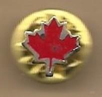 Pin's Logo Feuille Rouge D'érable Symbole Du Canada - Administración