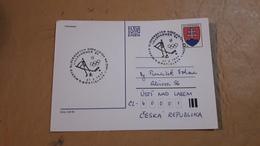 Une Enveloppe Pour La Slovénie Envoyée à La Ruplica Tchèque Avec Un Cachet Spécial De Hockey Sur Glace - Hockey (Ice)