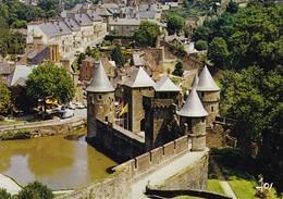 35 Fougeres Le Château (2 Scans) - Fougeres