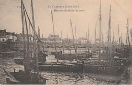 44 - LA TURBALLE - Barques De Pêche Au Port - La Turballe