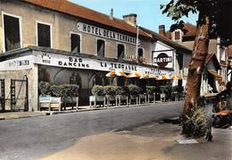 BOUCAU - Hôtel De La Terrasse, Chez Carrère - Bar-Restaurant-Dancing - Photo L. Baron - Boucau