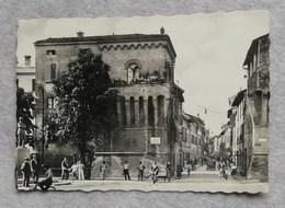 Cartolina Illustrata Imola - Monumento Medaglia D'Oro Francesco Azzi, Viaggiata Per Cesenatico - Imola