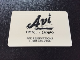 Hotelkarte Room Key Keycard Clef De Hotel Tarjeta Hotel  AVI CASINO LAUGHLIN - Télécartes