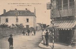44 - SAINT BREVIN LES PINS - L' Hôtel De Ville Et L' Avenue De La Mairie - Saint-Brevin-les-Pins