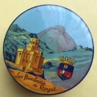 BOITE METAL LES BONBONS DE ROYAT ECUSSON BASILIQUE (Puy De Dôme Auvergne) - Scatole