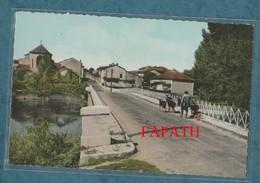 16-CONDAC-Route De Ruffec-le Pont Sur La Charente-Animée-non écrite -2 Scans - 9 X 14 - ARLIX - Autres Communes