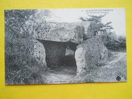 Vouvray ,dolmen - France