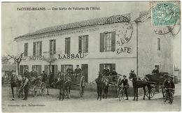 CPA Facture Biganos 33 (bassin Arcachon). Une Sortie De Voitures De L'hôtel Lassau, 1906 - France