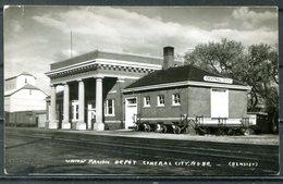 Real Photo B&W Postcard CENTRAL CITY, Nebraska - Union Pacific Depot (Railway Station / Bahnhof / Gare) - United States
