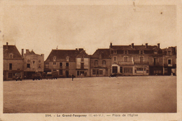 S20-027 Le Grand Fougeray - Place De L'Eglise - Otros Municipios