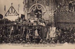 S20-029 Environs De Vitré - Chapelle De La Peinière - Bénédiction De Son Eminence Monseigneur L'Archevêque De Rennes - Vitre