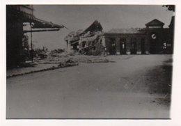 PHOTO 13,5 X 8,5  BETHUNE AVRIL 44 BOMBARDEMENT DU DEPOT - Bethune