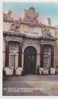 Cpsm 9x14. MILITARIA .TOULON (83) La Porte De L'Arsenal.(Marine Nationale) Statues De Mars Et De Bellone - Toulon