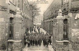 - 14 - LISIEUX - La Maison Du Peuple. Ancienne Usine Bertin). - Cliché Tribouillard. - - Lisieux