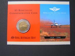 AUSTRALIA $ 5 BIMETALLIC COMMEMORATIVE COIN ROYAL FLYING DOCTOR SERVICE 1928-1998 Folder.. - Decimal Coinage (1966-...)