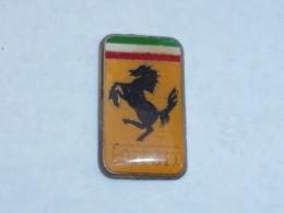Pin's FERRARI, LOGO, CAVALLINO A - Ferrari
