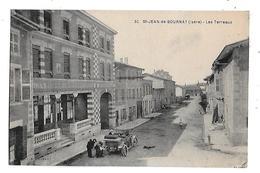38  -  CPA  De  St  JEAN De BOURNAY - Voiture  Ancienne  Devant  Grand Hôtel Du Nord , Les Terreaux  (  Animée ) - Saint-Jean-de-Bournay