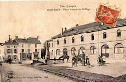 BRUYERES Vosges - Place Léopold Et Collège - Bruyeres