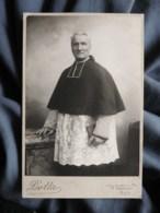 Photo Cabinet Dotta à Thoissey - Religion, Prêtre, Curé, Circa 1895 L498M - Oud (voor 1900)
