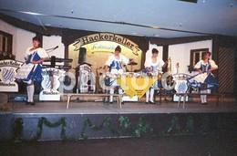 80s HACKER KELLER MUSIK BAND DANCE MUNCHEN GERMANY AMATEUR 35mm ORIGINAL NEGATIVE Not PHOTO No FOTO - Fotografia