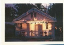 CPSM,Réunion , N°6074, Case Créole ,Ed. Hoa-Qui , 1990 - Reunion