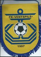 Big Flag,fanion Football,F.C.FK Ventspils,Latvia, - Size:20cm/26cm. - Kleding, Souvenirs & Andere