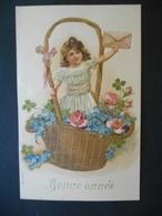 Petite Fille  Avec Une Lettre Dans Un Grand Panier Doré Plein De Roses, Trèfles Et Myosotis - Gaufrée - Série 619 - Children