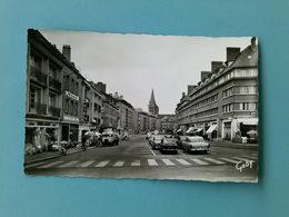 14 - LISIEUX - Avenue Victor Hugo (Commerces, Automobiles, Camion, Pub Amstel...) - Lisieux