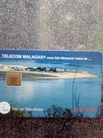 MADAGASCAR SARODRANO 25U UT USED - Madagaskar