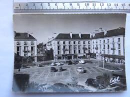 CPSM (37) Indre Et Loire - TOURS - Place De La Résistance Et Ses Nouveaux Immeubles - Tours