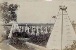 Photo TIANJIN - TIENSIN - Cimetière Français - Monuments à La Mémoire Des Militaires Morts En 1900 - China